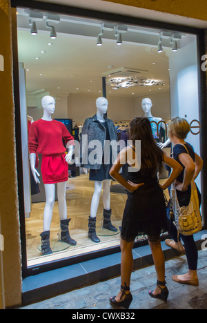 Perpignan france women window shopping fashion stores in center stock photo royalty free - Boutique free perpignan ...