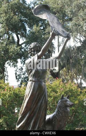 waving girl savannah georgia ga monument statue marble old historic - Stock Photo
