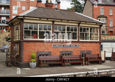 Signal box at the steam preservation railway at  Llangollen, Wales - Stock Photo