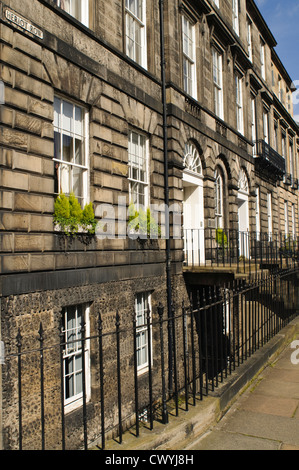 Heriot Row, Edinburgh. - Stock Photo