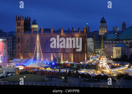 Christmas market at  Opernpalais, Friedrichwerderscher Kirche, Berlin Mitte, Berlin, Deutschland, Europa - Stock Photo