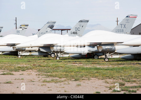 F-16 Fighting Falcon aircraft in storage at the 309th Aerospace Maintenance and Regeneration Group at Davis-Monthan - Stock Photo