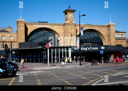 Kings Cross railway station in central  London Nw1 - Stock Photo