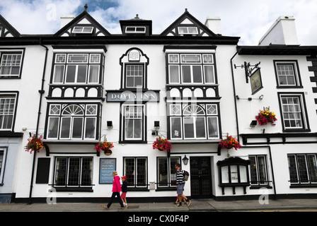 Dovey Inn, Aberdyfi (Aberdovey) ,Snowdonia National Park, Gwynedd, North Wales, UK - Stock Photo