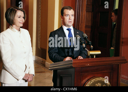 WASHINGTON, USA. JUNE 25, 2010. House Speaker Nancy Pelosi of California and Russian Federation president Dmitry - Stock Photo