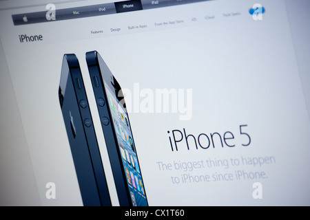 Apple website screenshot with iPhone 5 presentation page - Stock Photo