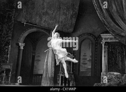 ITAR-TASS: USSR, MOSCOW. Galina Ulanova stars as Juliet in ballet 'Romeo and Juliet' (music by Sergei Prokofiev) - Stock Photo
