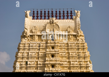 Elk201-4119 India, Tamil Nadu, Kanchipuram, Sri Ekambaranathar Temple, entry gopuram - Stock Photo