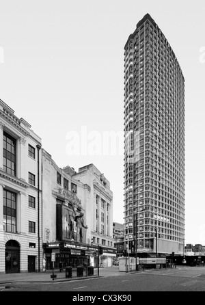 Centre Point, London, United Kingdom. Architect: Richard Seifert, 1967. Centre Point and Dominion Theatre from Tottenham - Stock Photo