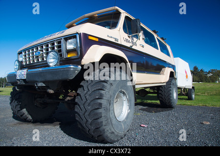 Customised 4x4 vehicle for traveling on glaciers, Iceland - Stock Photo
