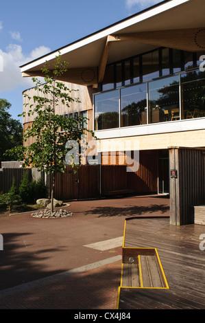 Royal Botanic Garden Edinburgh, Botanics Shop, restaurant and visitor centre. - Stock Photo