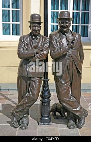 Laurel & Hardy bronze statue Ulverston, Cumbria - Stock Photo