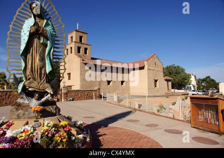 El Santuario De Guadalupe church santa fe new mexico nm our lady of el santuario de guadalupe plaza art - Stock Photo