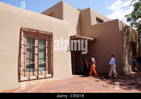 georgia o'keefe museum santa fe new mexico nm classic historic modern masterpieces people okeeffe no totto - Stock Photo