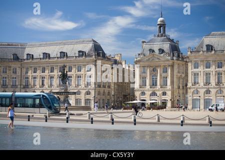 Place de la Bourse and the Miroir d'eau, Bordeaux, France - Stock Photo