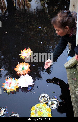 Loy Krathong Festival, Wat Buddhapadipa Temple Wimbledon, London - Stock Photo