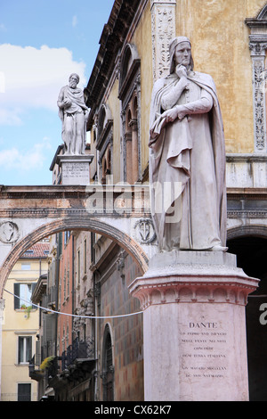 Piazza dei Signori, with the Monument of Dante (of Zannoni) in Verona, Veneto, Italy - Stock Photo