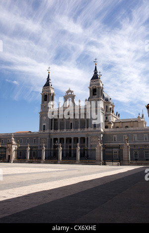 The outside of the Cathedral of Catedral de Nuestra Senora de la Almudena which stands opposite the Royal Palace. - Stock Photo