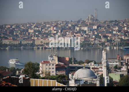 A view of the Golden Horn in Istanbul taken from Tepebasi. Picture by Adam Alexander/Alamy - Stock Photo