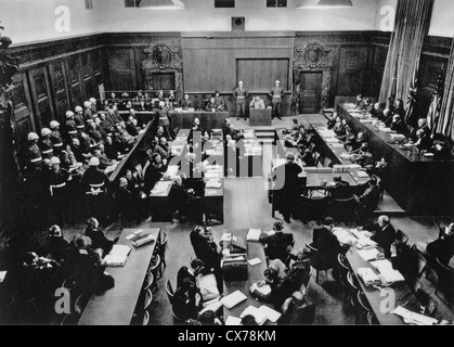 NUREMBERG TRIALS November 1945-October 1946. Courtroom 600 in the Palace of Justice with defendants at left and - Stock Photo