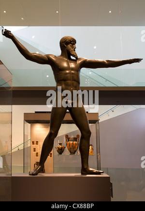 Greek bronze statue of Zeus, the Ashmolean Museum Oxford - Stock Photo