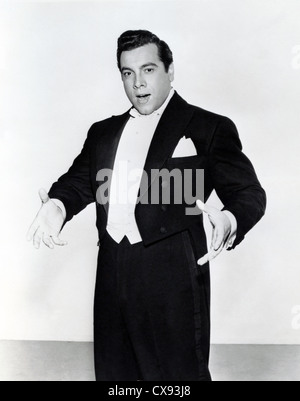 THE GREAT CARUSO (1951) MARIO LANZA RICHARD THORPE (DIR) GRTC 002 MOVIESTORE COLLECTION LTD - Stock Photo