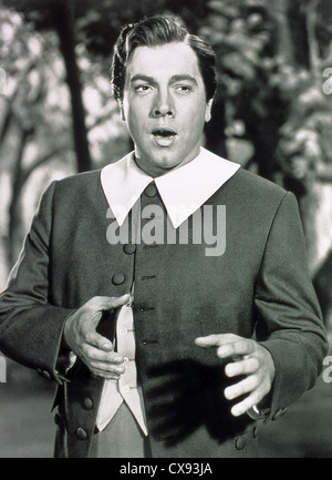 THE GREAT CARUSO (1951) MARIO LANZA RICHARD THORPE (DIR) GRTC 003 MOVIESTORE COLLECTION LTD - Stock Photo