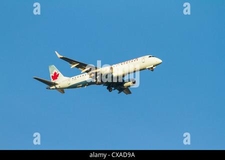 Air Canada Embraer ERJ-190-100IGW 190AR airplane - Stock Photo