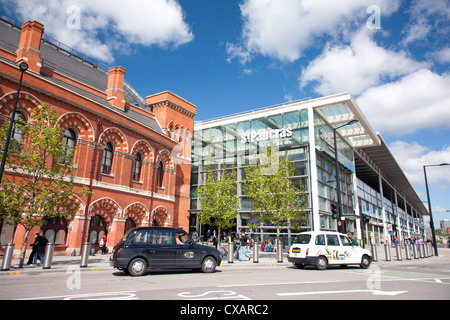 St. Pancras International Station entrance on Pancras Road, London, England, United Kingdom, Europe - Stock Photo