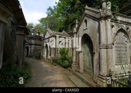 Egyptian Avenue, Highgate Cemetery West, Highgate, London, England, United Kingdom, Europe - Stock Photo