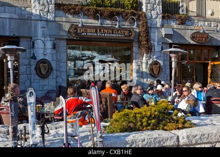 Apres ski, Whistler Village, Whistler Blackcomb Ski Resort, Whistler, British Columbia, Canada, North America - Stock Photo