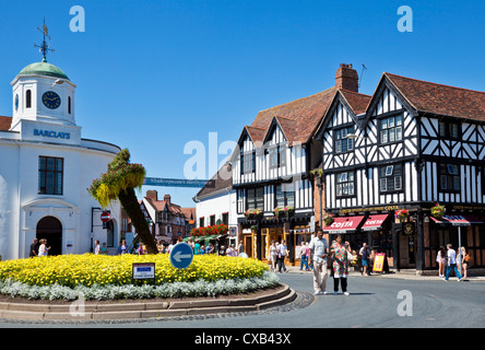 an introduction to the english market town stratford upon avon Introduction monologue  what was important about stratford-upon-avon in the 16th century it was an agricultural place and a market town.