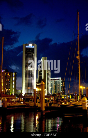 One Shoreline Plaza at night on the waterfront of Corpus Christi, Texas, USA. - Stock Photo