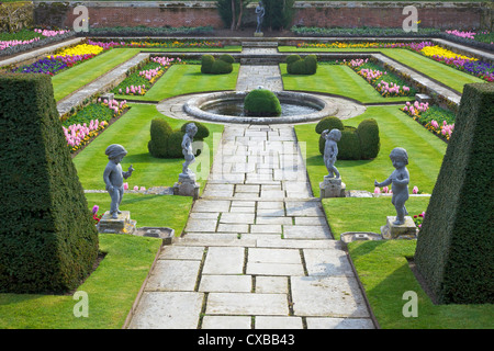 Formal gardens, Hampton Court Palace, Greater London, England, United Kingdom, Europe - Stock Photo