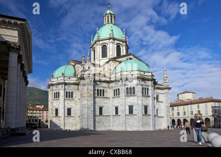 View of Cathedral in Como town centre, Lake Como, Lombardy, Italian Lakes, Italy, Europe - Stock Photo