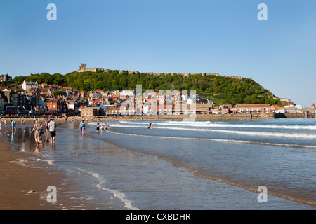 Busy South Sands and Castle Hill, Scarborough, North Yorkshire, Yorkshire, England, United Kingdom, Europe - Stock Photo