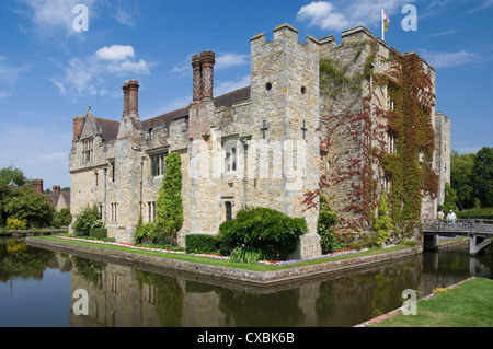 Hever Castle, dating from the 13th century, childhood home of Anne Boleyn, Kent, England, United Kingdom, Europe - Stock Photo