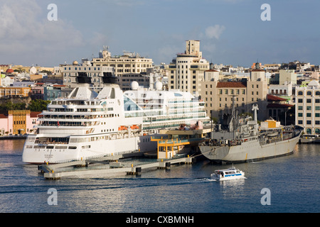 Cruise ship in the Old City of San Juan, Puerto Rico Island, West Indies, United States of America, Central America - Stock Photo