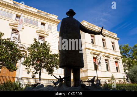 La Fontaine aux Oiseaux by Jean Michel Folon and Ministre d'Etat in Old Monaco, Monte Carlo, Monaco, Europe - Stock Photo