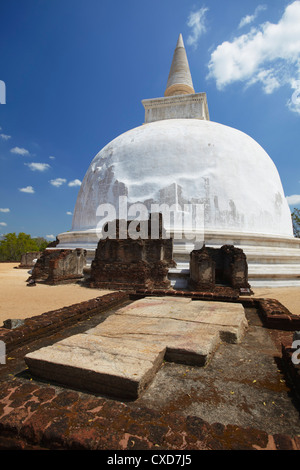 Kiri Vihara, Polonnaruwa, UNESCO World Heritage Site, North Central Province, Sri Lanka, Asia - Stock Photo
