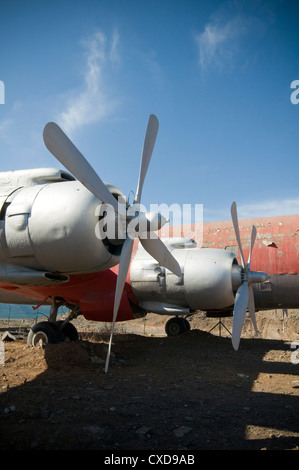 turboprop turboprops turbo prop props propeller propellers plane planes engine engines wing wings airplane airplanes - Stock Photo
