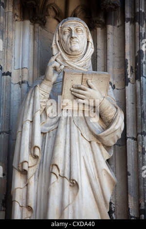 Limestone figure of an Apostle on the main portal, Koelner Dom, Cologne Cathedral, Germany, Europe - Stock Photo
