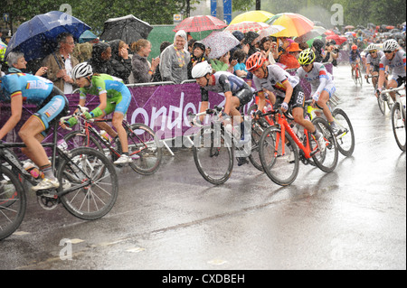 Cyclists in the women's road race at the London 2012 Olympic Games - Stock Photo