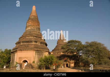 Small paya, Bagan (Pagan), Myanmar (Burma), Asia - Stock Photo