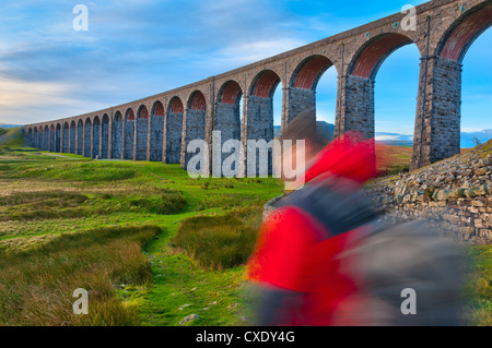 Pen-y-ghent and Ribblehead Viaduct on Settle to Carlisle Railway, Yorkshire Dales National Park, North Yorkshire, - Stock Photo