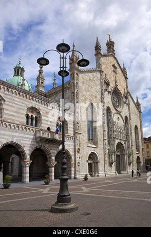 Exterior view of Cathedral in Como town centre, Lake Como, Lombardy, Italian Lakes, Italy, Europe - Stock Photo