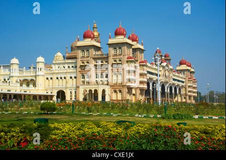 Maharaja's Palace, Mysore, Karnataka, India, Asia Stock Photo