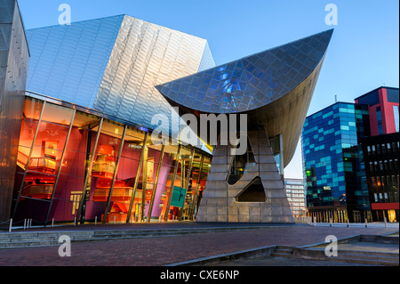 The Lowry Centre theatre at dawn, Salford Quays, Manchester, Greater Manchester, England, United Kingdom, Europe - Stock Photo