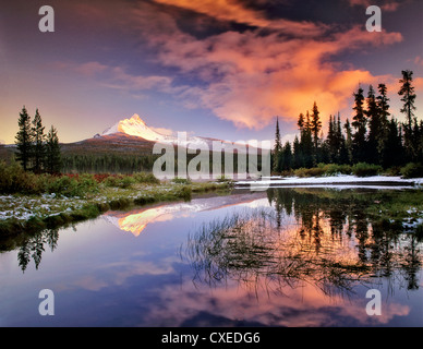 Mount Washington reflection in Big Lake. Oregon. - Stock Photo