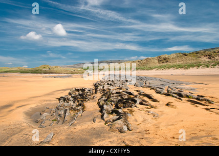 A beautiful day on Fanore beach, Co. Clare. Fanore is in the heart of the Burren limestone landscape. - Stock Photo